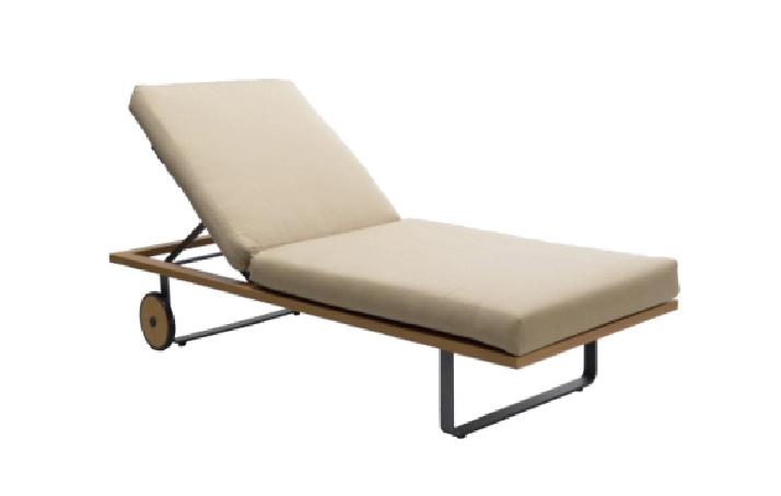 Single Adjustable Chaise
